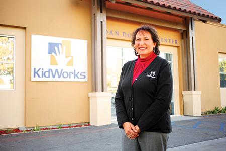 ava-steaffens-kidworks-2012-para-todos-building