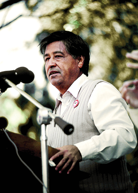 CESAR CHAVEZ<br /><br /> PHOTO BY:GLOBE PHOTOS
