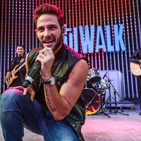 Gabriel Coronel shines at Hollywood concert