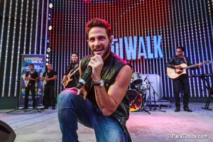 Gabriel-Coronel-Performs-at-2014-Descarga-Universal-City-Wal-140824_DA_6164
