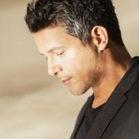 Entrevista exclusiva con Alejandro Sanz- Ícono de la balada