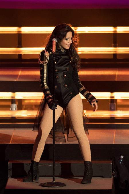 para-todos-magazine-revista-eduardo-silva-fifth-harmony-performs-at-irvine-meadows-160909_77a2940