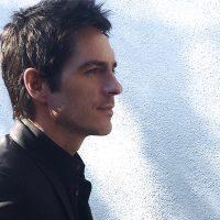 Entrevista exclusiva con Mauricio Ochmann- El Chema debuta #1 en Telemundo